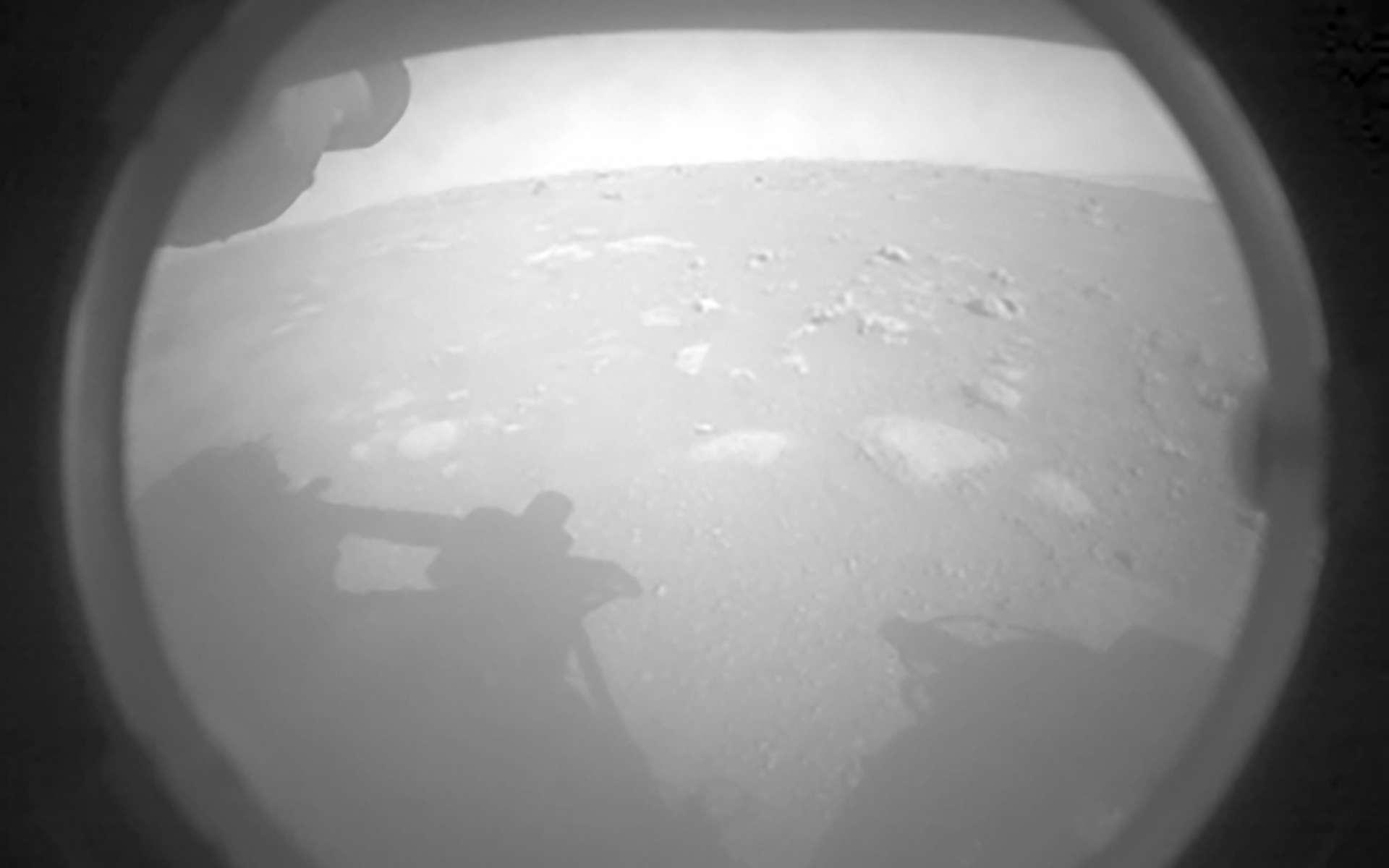 Mars vue de Perseverancee ressemble à un Rothko